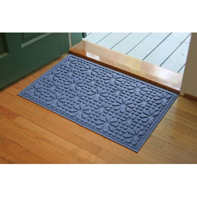 Aqua Shield Medium Blue Stained Glass Mat Size: 2 x 3