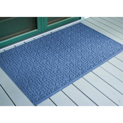 Aqua Shield Medium Blue Stained Glass Mat Size: 3 x 5