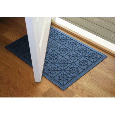 Aqua Shield Navy Star Quilt Mat Size: 2 x 3