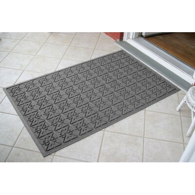 Aqua Shield Medium Grey Star Quilt Mat Size: 3 x 5