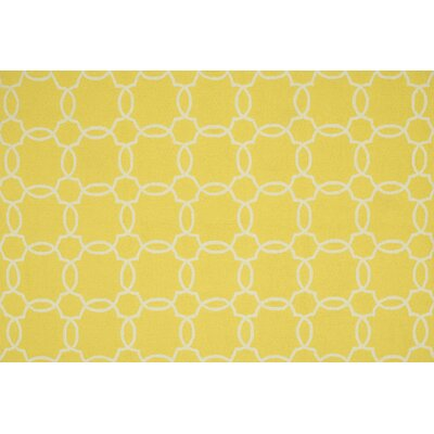 Ventura Hand-Hooked Yellow/Ivory Indoor/Outdoor Area Rug Rug Size: 76 x 96