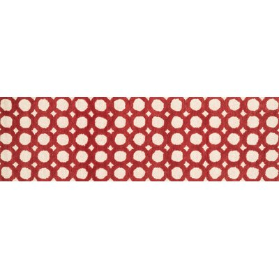Maziarz Hand-Tufted Red/Ivory Area Rug Rug Size: Runner 23 x 76