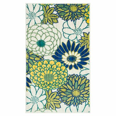 Isabelle White/Green Area Rug Rug Size: Rectangle 17 x 26