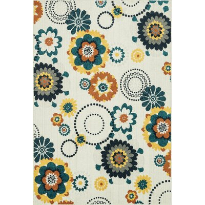 Winifred Ivory/Green Indoor/Outdoor Area Rug Rug Size: Rectangle 311 x 510