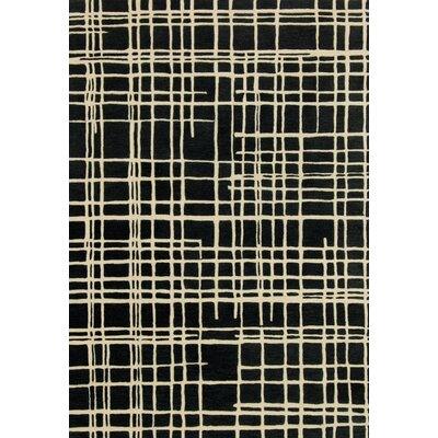 Nova Hand-Tufted Black/Beige Area Rug Rug Size: 5 x 76