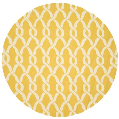 Viveiros Hand-Hooked Goldenrod/Ivory Indoor/Outdoor Area Rug Rug Size: Round 710