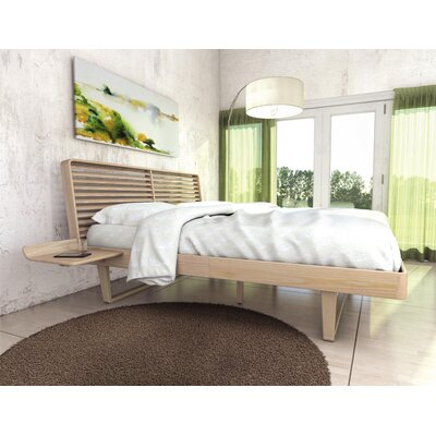 Contour Platform Bed Size: King, Finish: Soaped Ash