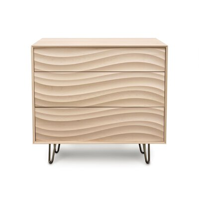 Wave 3 Drawer Dresser Color: Parchment Maple, Frame Material: Metal