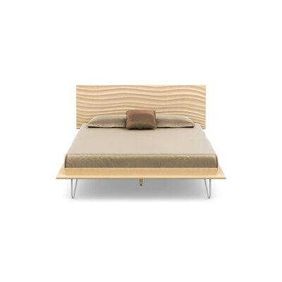 Wave Platform Bed With Mattress Size: King, Color: Natural Maple, Leg Material: Metal