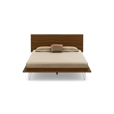 Wave Platform Bed Size: King, Color: Natural Walnut, Leg Material: Metal