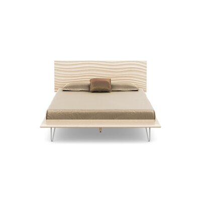 Wave Platform Bed With Mattress Size: Queen, Color: Parchment Maple, Leg Material: Metal