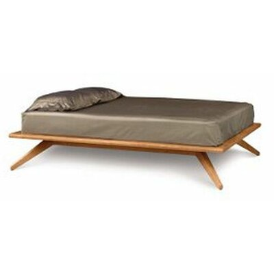 Astrid Platform Bed Size: California King, Top Coat: Conventional, Finish: Parchment Maple