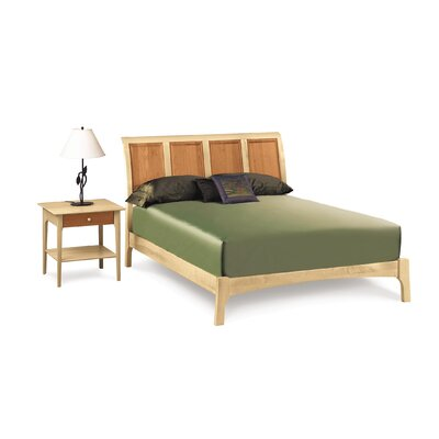 Sarah Platform Bed Finish: Saddle Cherry, Size: King