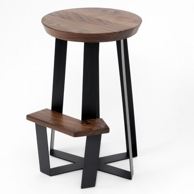 ARS 26 Bar Stool Finish: Walnut