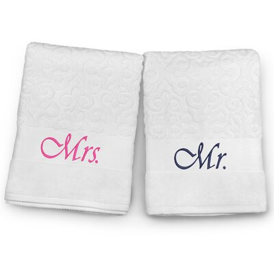 Mr / Mrs Embroidered Terry Jacquard 2 Piece Bath Towel Set Color: Navy/Fuchsia