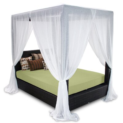 Signature Queen Canopy Bed with Cushions Fabric: Kiwi