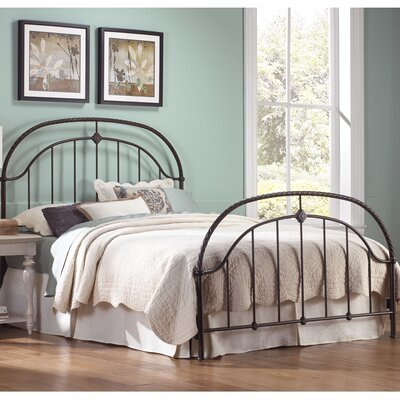 Cascade Panel Bed Size: California King