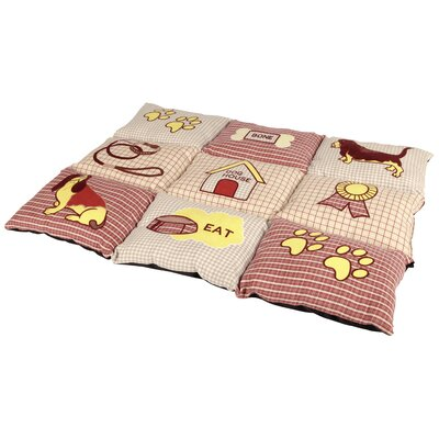 Patchwork Quilted Pad Color: Red/Beige