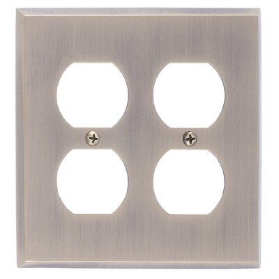 Quaker Double Outlet Plate Finish: Polished Brass