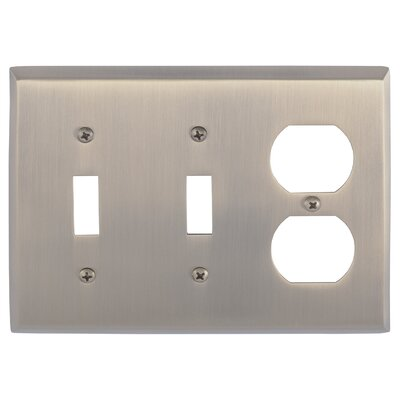 Quaker Outlet Plate Finish: Antique Brass