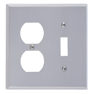 Quaker Outlet Plate Finish: Satin Nickel