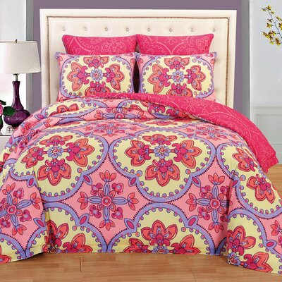 Couture Home 6 Piece Reversible Comforter Set Size: King, Color: Pink