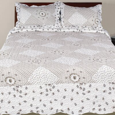 Hendrik 3 Piece Eclectic Reversible Quilt Set Color: Gray, Size: Queen