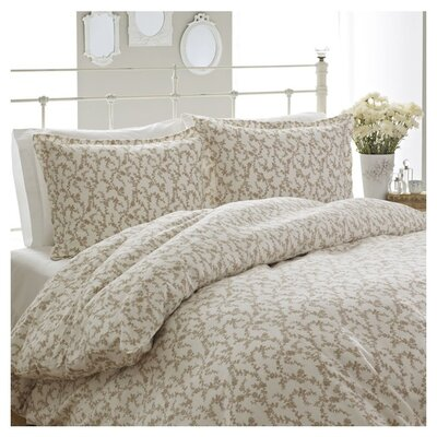 Victoria 3 Piece Duvet Cover Set Size: Full / Queen