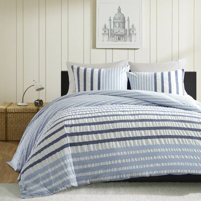 Sutton Duvet Cover Set Size: King, Color: Blue