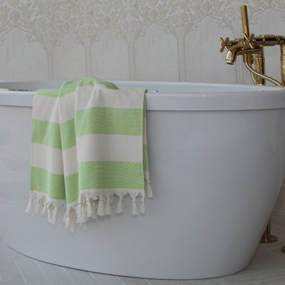 Jessa Fouta Towel Color: Pistachio Green