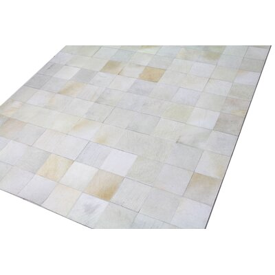 Jacqueline Cowhide Ivory Area Rug Rug Size: 5 x 8