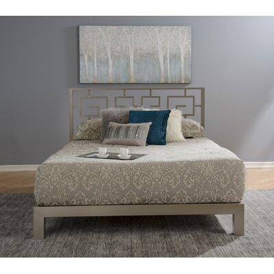 Giacinto Platform Bed Size: Queen, Color: Gray