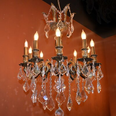 Dodson Traditional 10-Light Crystal Chandelier