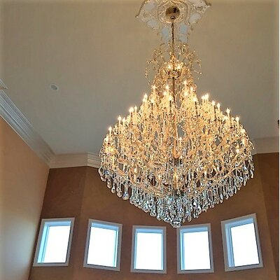Kiazolu 48-Light Crystal Chandelier Color: Gold