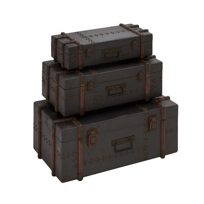 Woodland Imports Old Style Rustic 3 Piece Trunk Set