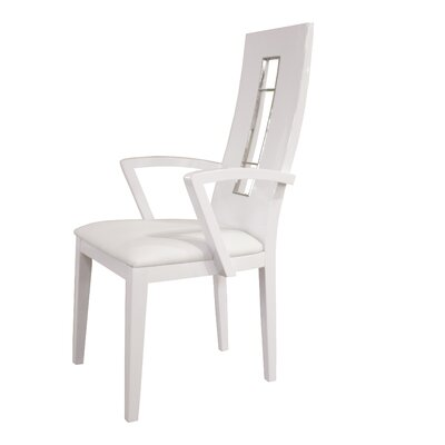 Novo Arm Chair