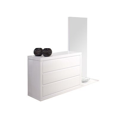 Victoria Dresser Color: White Laquer