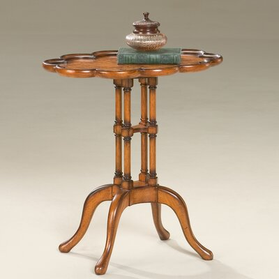 Furniture-Masterpiece Scalloped End Table