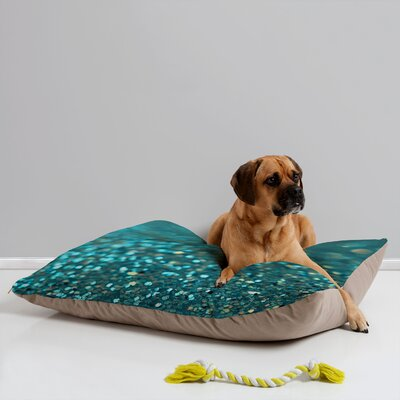 Lisa Argyropoulos Aquios Pet Bed