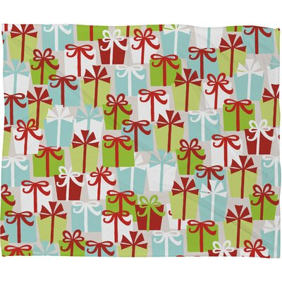 Andrea Victoria Jolly Gifts Plush Fleece Throw Blanket Size: Medium