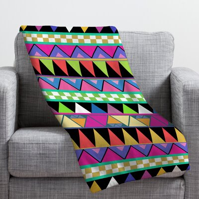 Bianca Green Zigzag Throw Blanket Size: Small