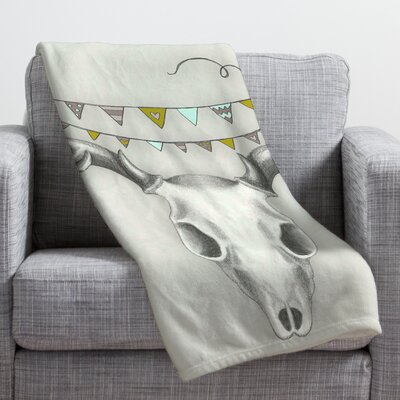 Wesley Bird Skull Throw Blanket Size: Small