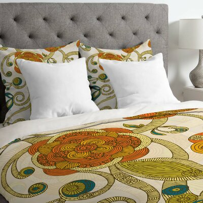 Valentina Ramos Lightweight Flowers Duvet Cover Size: Queen