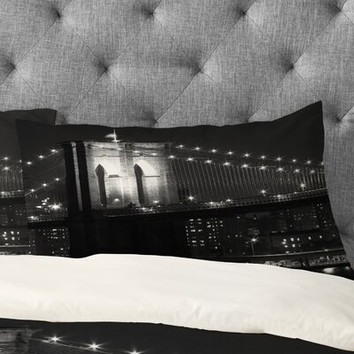 Leonidas Oxby Brooklyn Bridge 125 Pillowcase Size: King