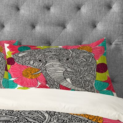 Valentina Ramos Groveland Pillowcase Size: King