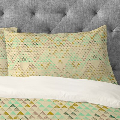 Pattern State Triangle Lake Pillowcase Size: King