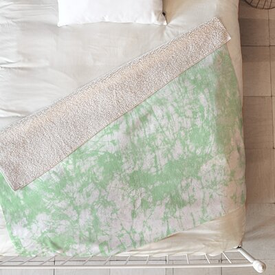 Crackle Batik Blanket Size: 80 L x 60 W, Color: Green
