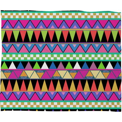 Bianca Green Zigzag Throw Blanket Size: Large