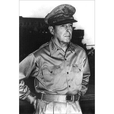 'General Douglas Macarthur' by U.S. Army Photographic Print 0-587-19741-2