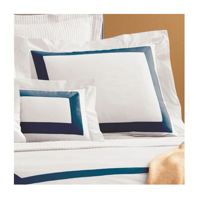 Orlo Sham Color: White / Navy, Size: King